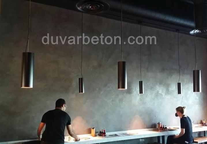 cafe-beton-gorunumu-duvar-boya-uygulamasi